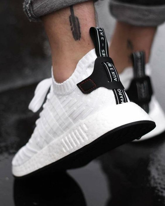 adidas Originals Women's NMD_r2 W Running Shoe